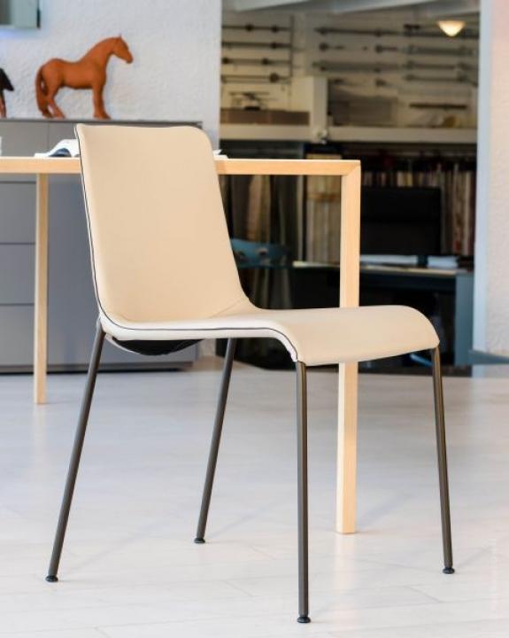 LIZ Von WALTER KNOLL Stühle PS Wohndesign